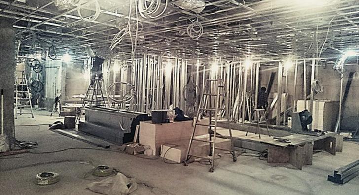 剛建社工事実績 カラオケボックス天井配管